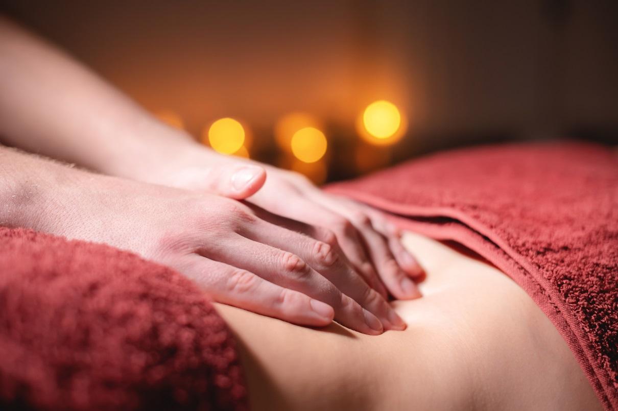 Razões para fazer massagem no chão